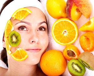 пилинг фруктовыми кислотами или фруктовый пилинг