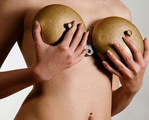 Как определить размер импланта груди