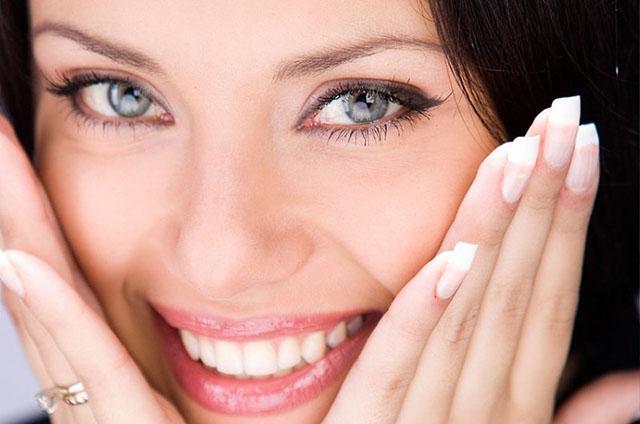 Основные правила ухода за кожей лица после 30 в салоне и дома