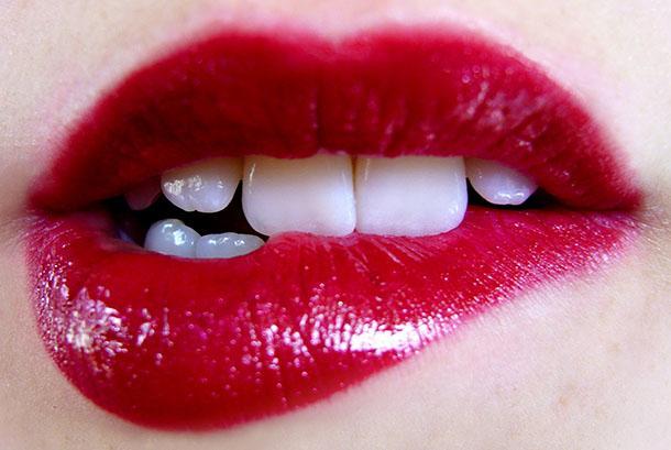 Асимметрия губ: причины развития и методы коррекции