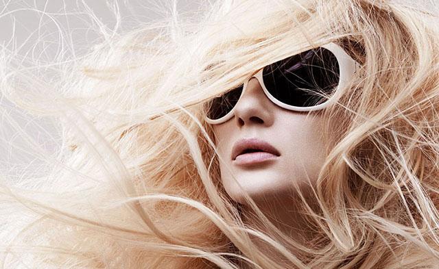 Причины сухих волос
